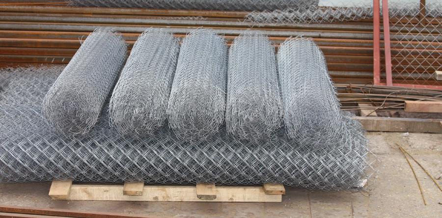 Купить секционный забор из сетки рабица