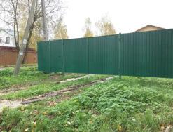 Забор, ворота и калитка из профнастила