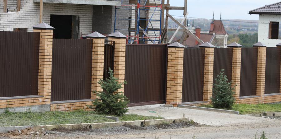 Сколько стоит изготовить кирпичный столб в Москве