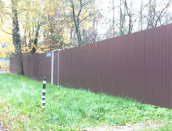 Профильный забор и калитка
